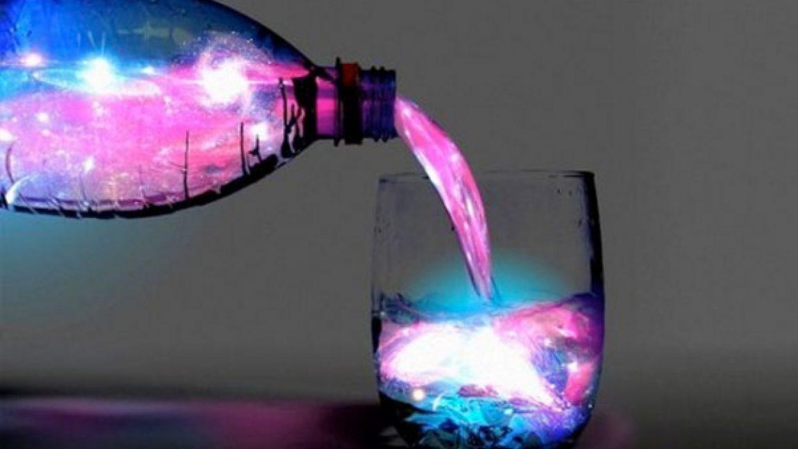 Как сделать светящуюся воду?