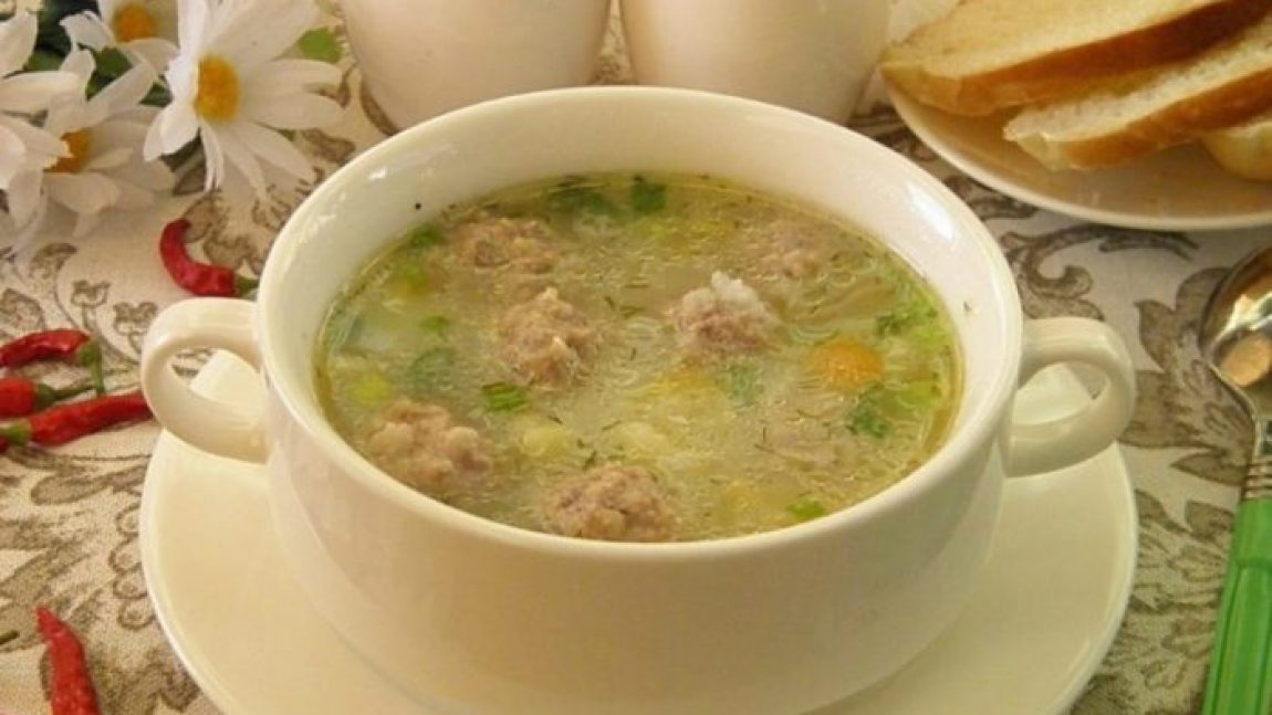 Готовим детский суп с фрикадельками