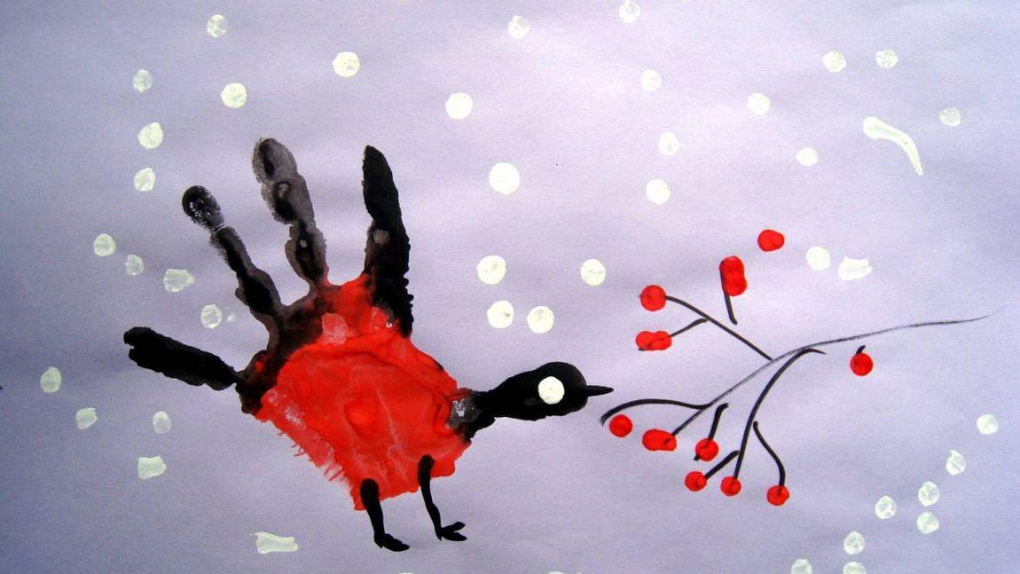 Рисуем ладошками новогодний рисунок