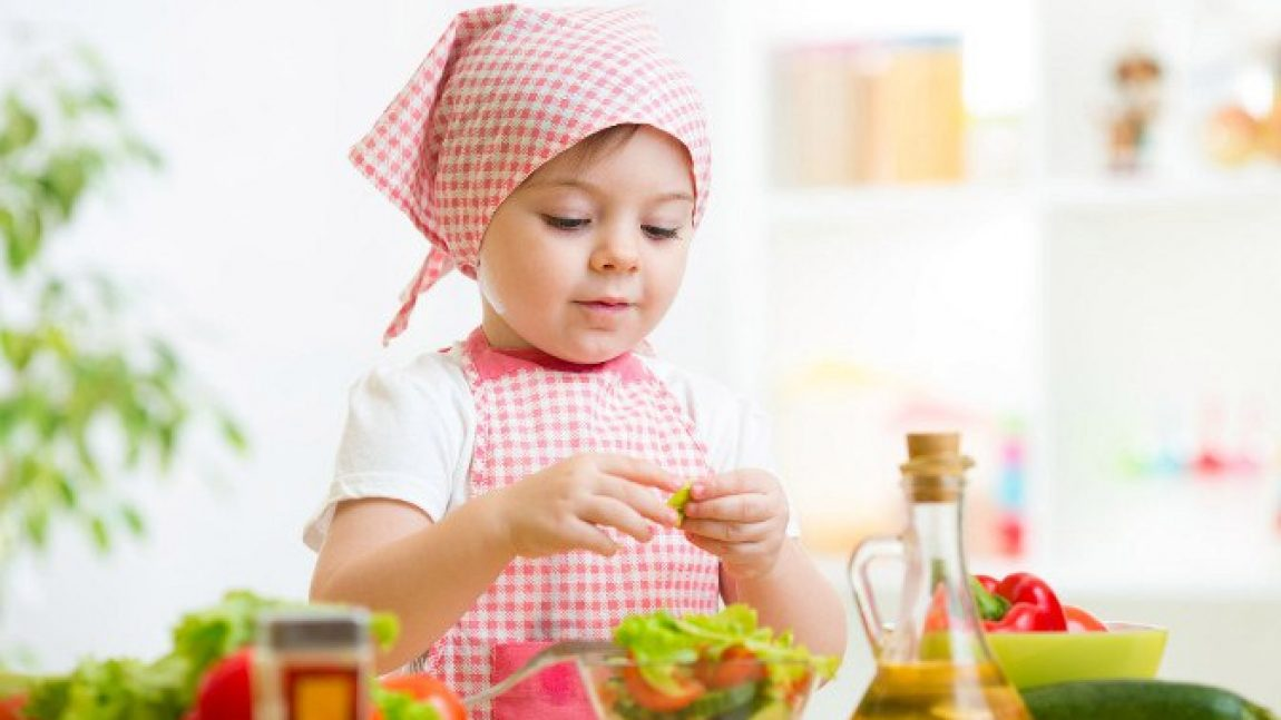 5 завтраков, которые могут приготовить дети: капрезе
