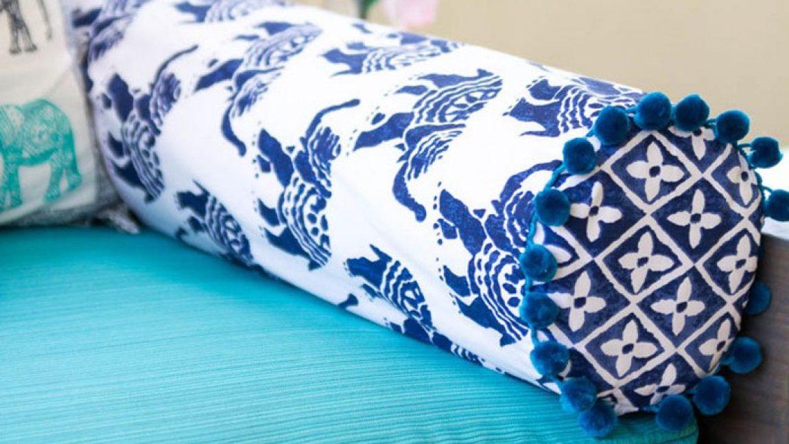 Подушка-валик для комфортного отдыха