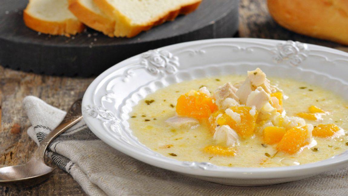 Молочный суп с вермишелью, тыквой и корицей