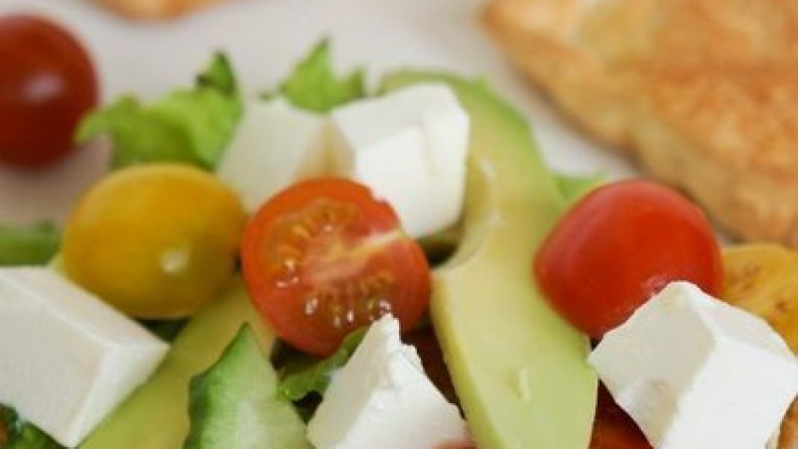 Съедобная салатная тарелочка